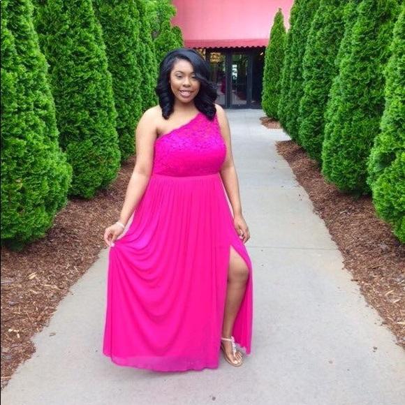 7ec9837815a David s Bridal Dresses   Skirts - David s Bridal Dress 17063 in color  Begonia